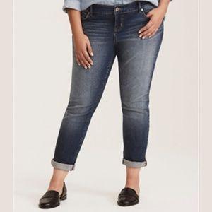 Torrid Distressed Slim Boyfriend Jeans Size 16